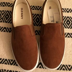Brand new Old navy slip on for men